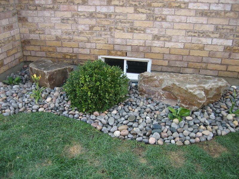 Garden With Rocks And Stones : Pro lawn landscaping orono ontario rock garden